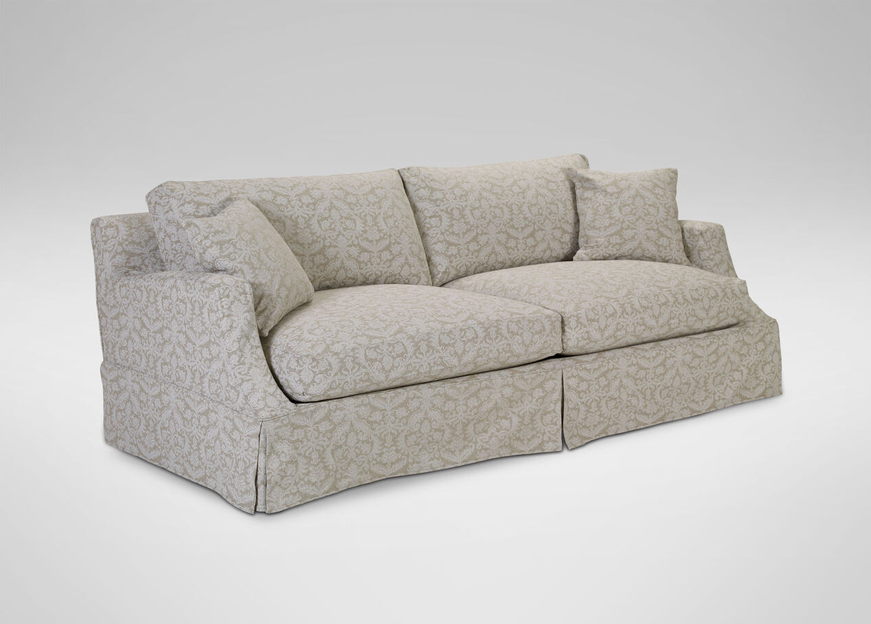 Lynn Slipcovered Sofa Sofas amp Loveseats : 33 205191031 from www.ethanallen.ca size 1268 x 908 jpeg 110kB