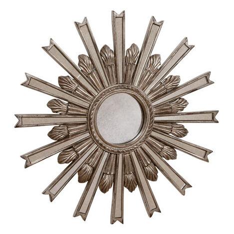 Miroir en forme d'étoile argentée 51cm Product Tile Image 074077B