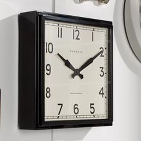 Entrainer Wall Clock Product Tile Hover Image 410505