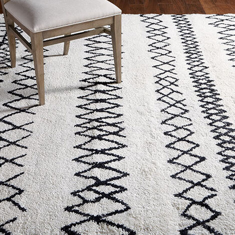 Intrinsik Rug, Ivory/Black Product Tile Hover Image 041556