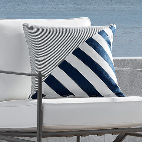 Outdoor Stripe Pillow Product Tile Hover Image 404711MST