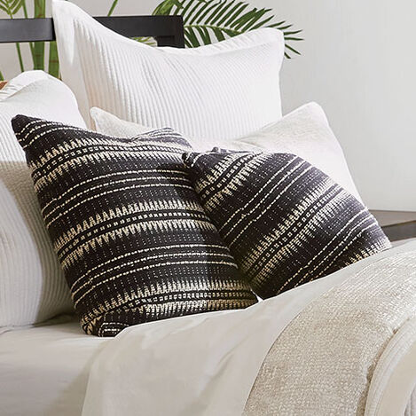 "22"" Black and Ivory Woven Silk Pillow Product Tile Hover Image 065630"