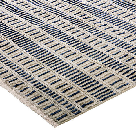 Geo Traverse Rug Product Tile Hover Image 041209