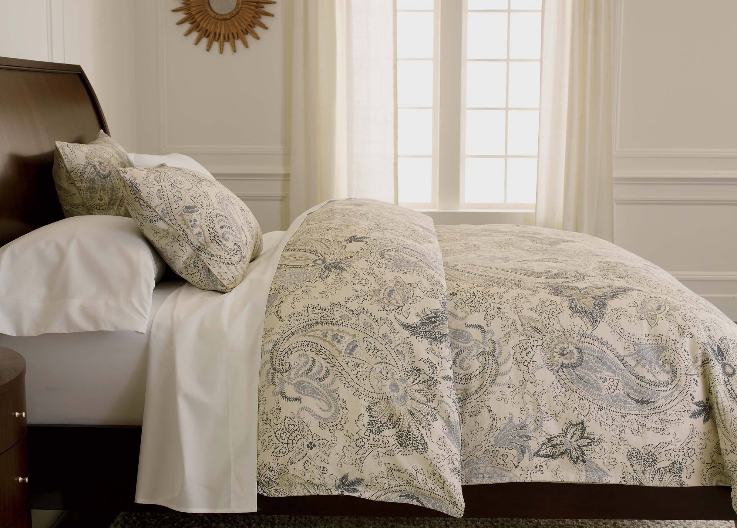 Bed Works shops are among the leading bed stores in the Sydney metro area, providing you with the finest range of bed frames, mattresses, bedroom furniture, pillows, and bedding in Sydney 4/5(12).
