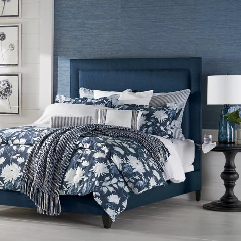 A Beautiful Point of Blue Bedroom Tile