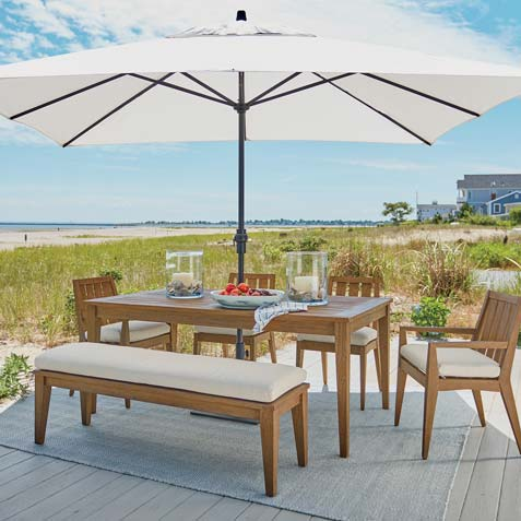 Outdoor Dining Room by the Beach Tile